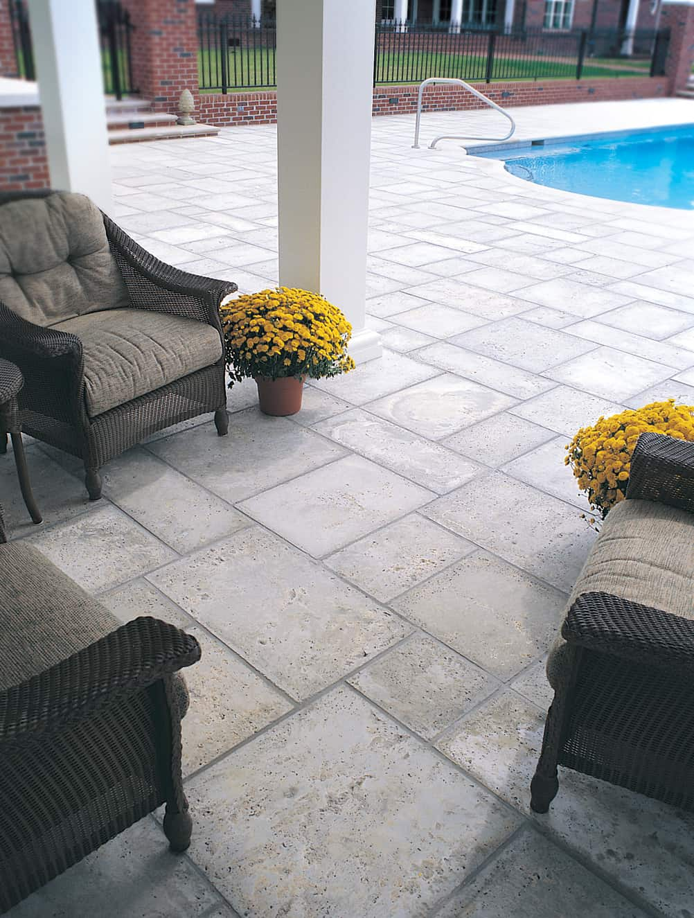 Peacock Pavers Dolphin Grey pool