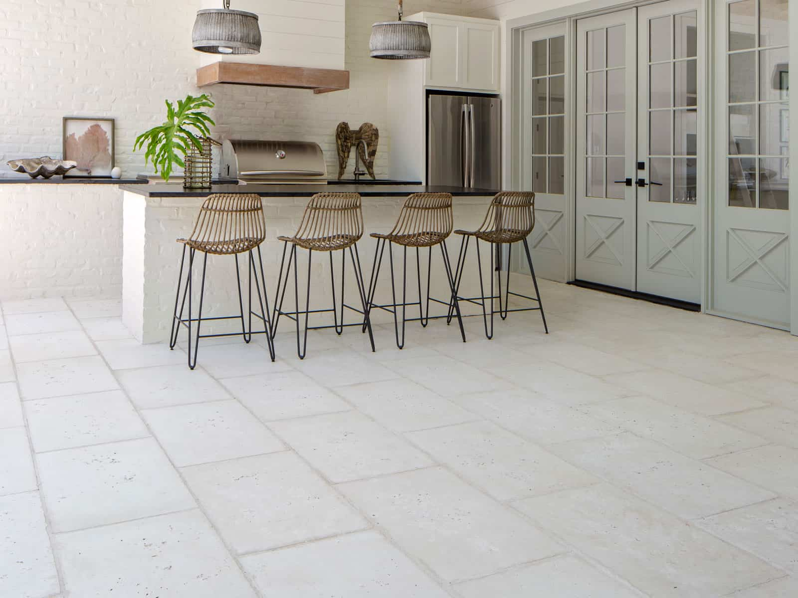 Outdoor Kitcken with Concrete Pavers