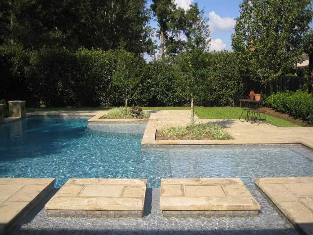 Pool islands made of concrete paver